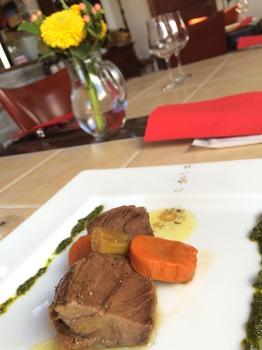 カデルヴェントの料理:牛頰肉のボッリート サルサ ヴェルデ①