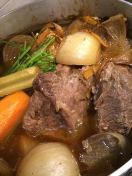 カデルヴェントの料理:牛頰肉のボッリート サルサ ヴェルデ③